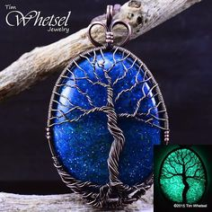 Antiqued copper tree of life glow in the dark orgonite necklace pendant.    For sale. See link in my profile for more pictures.   #glow #glowinthedark #trippy #psychedelic #pendants #pendy #pendantsofig #jewelry #resin #crystals #wirewrapped #wirewrap #wirewraps #copper #crystals #heady #art #metal #handmadejewelry #edm #tree #treeoflife #wiccan #weed #babes #sacredgeometry #orgone #orgonite #healing #energy #reiki #chi #necklaces #night #sparkle #shine #beautiful #antiqued #fashion…
