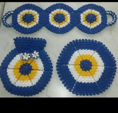 This Pin was discovered by Zeh Crochet Books, Knit Crochet, Baby Knitting Patterns, Crochet Patterns, Pot Holders, Diy And Crafts, Crochet Earrings, Blanket, Stuff To Buy