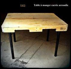 table à manger carrée, 145$ #diy #palet #palette #bois #wood #woodwork #atelier #studio #Montréal #tools #outils