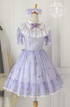 SALE: Miss Point ~Alice's Secret Key~ Peter Pan Collar Lolita OP Dress >>> http://www.my-lolita-dress.com/alice-fairy-tail-sweet-lolita-dress-with-round-collar-yuan-40 (SAVE 22 USD NOW)