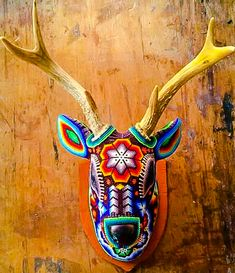 Discover recipes, home ideas, style inspiration and other ideas to try. Crochet Taxidermy, Deer Skull Art, Huichol Art, Hippie Crafts, Skull Painting, Beaded Skull, Arte Popular, Naive Art, Mexican Folk Art