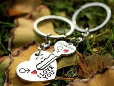 Free 1 Pair Key to My Heart Keychain Wedding Favors And Gifts Wedding Souvenirs Wedding Supplies Obsequios Boda Wedding Favors And Gifts, Valentines Day Weddings, Valentine Day Gifts, I Love You Lettering, Loving You Letters, Cadeau Couple, Heart Keyring, Key Keychain, Valentine's Day