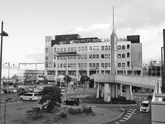 2014年12月17日(水)こんにちは。昨夜は「兵庫県質屋組合連合会・青年部」の忘年会で神戸へ。夜遅くなると、次の日に超響くようになった38歳。爆弾低気圧による厳しい寒さが追い打ちを...。今日はサンライズ加古川ビルの3階にある「梅谷耳鼻咽喉科クリニック」さんへ。インフルエンザの予防接種を受けてきました。予約不要、代金は3000円(中学生以上1回目の場合)。受付日は「12月:火・水・金・土 1月:水・金・土」の診察日とのこと。今日は待ち時間もなく、スムーズに受けることが出来ました(^^  それでは、今日も皆様にとって良い1日になりますように☆ 【加古川・藤井質店】http://www.pawn-fujii.jp/