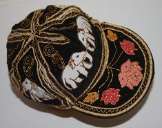 Black embroidered newsboy cap Indian beret cap Elephant print Hip Hop baseball cap snapback hats Hippie Hipster hat Teen Festival hat