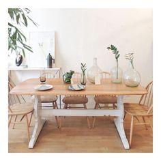 Mesa y sillas Ercol originales de los años 60 Sofá danés años 60 Butaca de caoba años 20 Butaca alemana años 70 The Nave - midcentury - wood - woodwork - madera - furniture - mobiliario - thenave - estilo - silla - decoración - chair - escandinavo - danés - inglés - nórdico - table - mesa