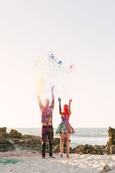 A colourful, fun Holi paint Engagement Shoot – Images by Jason Tey Photography Photography Mini Sessions, Couple Photography, Engagement Photography, Photography Poses, Wedding Photography, Photoshoot Themes, Pre Wedding Photoshoot, Wedding Shoot, Anniversary Photography