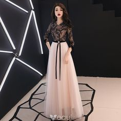 Chic / Beautiful Black Evening Dresses 2019 A-Line / Princess V-Neck Beading Lace Flower Bow Sleeve Floor-Length / Long Formal Dresses Chic / Beautiful Black Evening Dresses 2019 A-Line / Princess V-Neck Beading Lace Flower Bow Sl Hijab Dress Party, Party Wear Dresses, Dress Outfits, Fashion Dresses, Prom Dresses, Occasion Dresses, Modest Fashion, Elegant Maxi Dress, Hijab Style