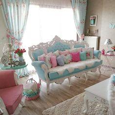 """7,595 Beğenme, 189 Yorum - Instagram'da  BLOG FESTEJAR COM AMOR  (@festejarcomamor): """"Tão linda essa sala que parece até de casinha de boneca! Um sonho! Imagem @baalbadem …"""""""