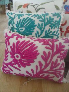 almohadones bordado mexicano