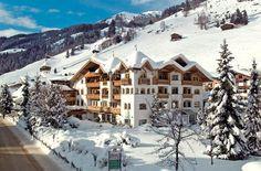 Gaspingerhof is een van de tophotels van Gerlos. Een van de pistes eindigt direct achter het hotel, je skiet aan het eind van de dag dus eenvoudig terug. Een prachtig welnesslandschap zorgt voor de nodige ontspanning na een fijne dag op de piste.