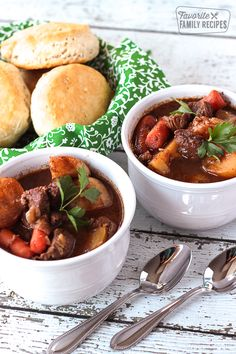 This recipe for Slow Cooker Irish Beef Stew does not have alcohol in it. I think non-alcoholic Irish Beef Stew is probably an oxymoron, but I wanted to make it for St. Patrick& Day for my family without adding beer or wine to the recipe. Crock Pot Slow Cooker, Crock Pot Cooking, Slow Cooker Recipes, Beef Recipes, Soup Recipes, Dinner Recipes, Cooking Recipes, Family Recipes, Recipies