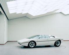 Rare Look at Classic Bertone Concept Cars: Lamborghini Bravo