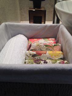 Dubai flat soap basket