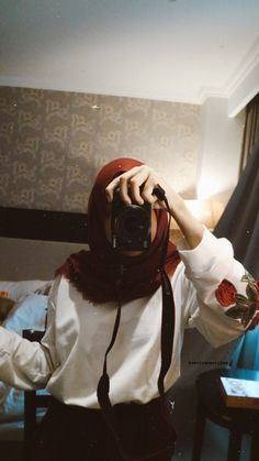 Modern Hijab Fashion, Hijab Fashion Inspiration, Muslim Fashion, Casual Hijab Outfit, Ootd Hijab, Hijab Chic, Hijabi Girl, Girl Hijab, Foto Mirror