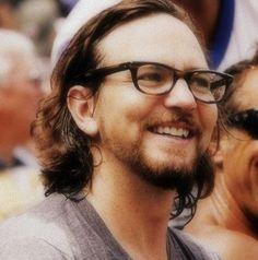 Eddie Vedder arghhhhh so sexy !