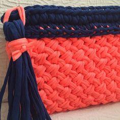 A veces, no se necesitan los detalles. Colorido y textura. #macadamiarepublic #trapillo #hechoamano #handmade #crochet #knitting