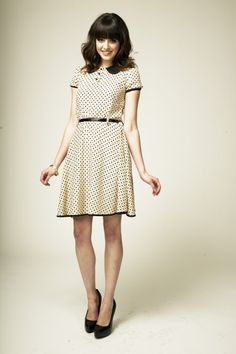 Zooey dress Pear Bottom, Fashion Styles, Classic, Clothes, Vintage, Dresses, Women, Derby, Outfits