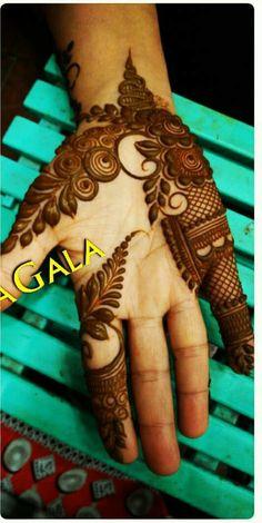 Floral Henna Designs, Simple Arabic Mehndi Designs, Henna Art Designs, Mehndi Designs For Girls, Mehndi Designs For Beginners, Modern Mehndi Designs, Wedding Mehndi Designs, Latest Mehndi Designs, Arabian Mehndi Design