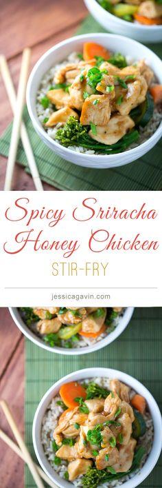Spicy Sriracha Honey Chicken Stir-Fry | jessicagavin.com #chineserecipes