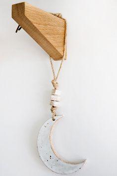 mquan crescent hanging