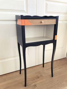 Chevet ancien révèle sont côté branché en noir et orange pour un design original… KindofWood meubles relookés, upcycling Nightstand, Orange, Diy, Mandala, Furniture, Home Decor, Ideas, Furniture Makeover, Couture Facile