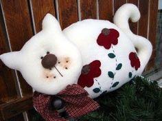 Patrón completo de este gato blanco decorativo cojín. Como hacer un cojín de Pokeball de PokemonCojín de perro con patronesAlmohada o cojin de tela en forma de búho paso a pasoCojines reciclados con vaquerosDIY Cojín Almohadón Perros enamoradosMoldes para hacer cojines o almohadas emoticonesDIY cojines con cara de muñecasPatrón de cojín de …