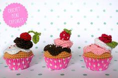 Crochet  Minicupcakes / Cupcake kawaii amigurumi via I am a mess