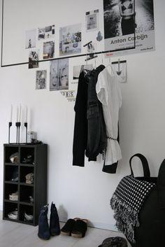#Pinterest #interieur #blog #LivvLifestyle #style #styling #zwartwit #kledingrek #design #wonen #inspiratie #interior #blackandwhite #living #inspiration #clothesrack