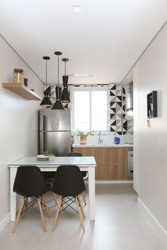surprising small kitchen design ideas and decor you have to see page 20 Apartment Kitchen, Apartment Interior, Kitchen Interior, Interior Design Living Room, Apartment Design, Diy Kitchen, Sweet Home, Small Dining, Small Living Room Kitchen Ideas