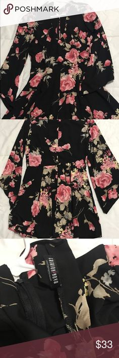 Floral Long sleeved dress This dress is Size small From FashioNova. It Doesn't have the tag But I never used it. Brand new. Fashion Nova Dresses Long Sleeve
