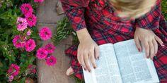 10 Bênçãos do Estudo Diário das Escrituras! Leia em: http://mormonsud.net/artigos/fe/10-bencaos-do-estudo-das-escrituras-2/