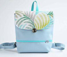 SabbaDesign / Hugo Girl batoh svetlošedý (Abstrakt) Mobiles, Diaper Bag, School, Diy, Bags, Fashion, Abstract, Handbags, Moda