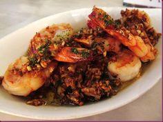 Gambas a Ajillo at Barcino. Incredible Edibles, Shrimp, Recipies, The Incredibles, Chicken, Meat, Kitchen, Food, Image