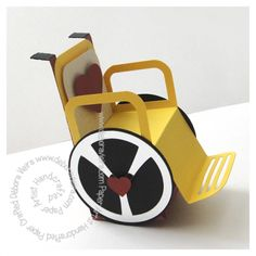 Cadeirinha de Rodas Barbie Wheelchair, Diy Paper, Paper Crafts, Paper Art, Paper Box Template, Free Shapes, Free Boxes, Cricut Cards, Get Well Cards