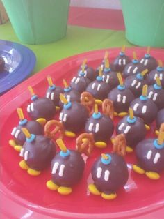 Bob-bomb cake pops from super mario