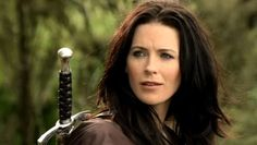 Kahlan with Sword