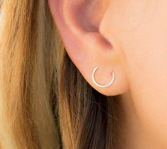 Double Piercing- Double piercing hoop earring – Double Lobe piercing – Double hole earring – Double Ear Piercing- Round two hole Piercing - Ear Piercings Plugs Earrings, Round Earrings, Crystal Earrings, Double Lobe Piercing, Double Cartilage, Double Helix, Ethno Style, Swarovski, Ear Jewelry