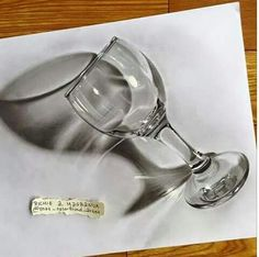 Pencil Drawing Tutorials - Drawings is an amazing form of art, where the pencil drawings seem to literally jump off the page. Most artists use graphite pencils for creating the look. Easy drawings are usually small 3d Pencil Drawings, 3d Art Drawing, Small Drawings, Realistic Drawings, Drawing Skills, Easy Drawings, Drawing Tips, 3d Drawing Tutorial, Pencil Drawing Tutorials