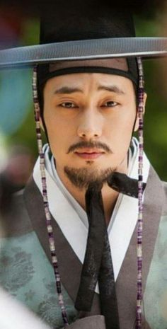 How do you think about So Ji Sub's classical look? I think uri oppa is always charming! So Ji Sub, Asian Actors, Korean Actors, Kdrama, Park Hae Jin, Jo In Sung, Hot Asian Men, Jung Hyun, Joo Hyuk