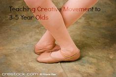 Here are ideas for teaching creative movement dance classes. #teachingballet #ballet #balletclass #creativemovement