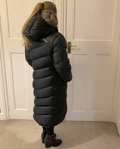 Vinyl Raincoat, Long Puffer Coat, Puffy Jacket, Down Parka, Winter Coats Women, Mantel, Cool Girl, Kittens, Jackets For Women