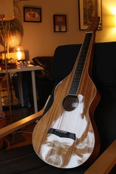 Weissenborn (2016) // by Julien Lelièvre Lutherie (100% handmade // All solid mahogany // French polish with homemade grain filler // Ebony fretboard and bridge )