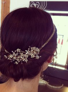 Wedding hair accessories. For more follow www.pinterest.com/ninayay and stay positively #pinspired #pinspire @ninayay