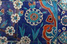 Iznik tiles, Rüstem Pasha Mosque Istanbul D: 1561 - 1563