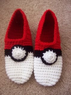 Pokeball slippers are made to order in your size. Made of soft acrylic yarn, this make a perfect gift for any Pokemon lover out there Please give shoe size or measure foot from top of big toe to back of end of heel. Crochet time is 5 days. If mention you seen them on Pinterest and order a pair in my Etsy shop I will give you a $2 off your purchase.