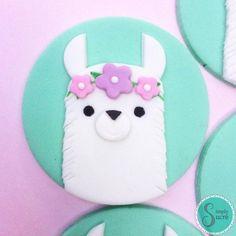 12 Llama fondant cupcake toppers -llama Baby Shower - Llama cupcake toppers - Ll. Fondant Cupcakes, Fondant Toppers, Cupcake Cakes, Cupcake Frosting, Buttercream Icing, Cake Icing, Cupcake Tier, Baby Cupcake, Cake Baby