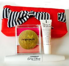 GORGEOUS GIVEAWAY: NAPOLEON PERDIS 3-PIECE MAKEUP KIT @Beauty In The Bag
