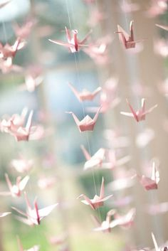 21 DIY Outdoor & Hanging Decor Ideas | Confetti Daydreams - DIY Origami Crane Hanging Decor for that wow-factor at your wedding ♥ #DIY #OutdoorDecor #HangingDecor