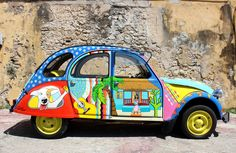 colorful curacao, happy duck, painted car, funky, www.janthielcarrentals.com, curacao