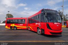 Ônibus da empresa Metrobús Ciudad de México, carro 131, carroceria DINA Brighter, chassi Cummins ISM Euro V. Foto na cidade de - por David Gasca, publicada em 24/10/2016 17:12:01.